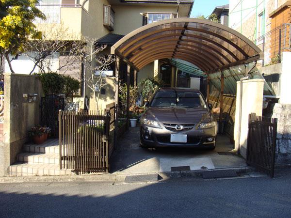 明るく開放的なガレージ・門周りリフォーム – 兵庫県 M様邸の施工前