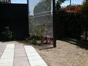 マンション専用庭を使いやすくリフォーム – 大阪府和泉市 K様邸の詳細はこちら