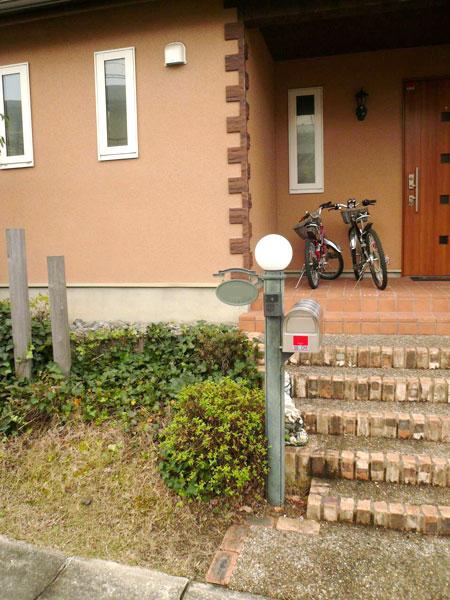 周りの雰囲気に合った門柱 – 大阪府和泉市 M様邸の施工前