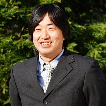 たなリウム先生こと、造園工事部スタッフ 田中 竜宏(たなか たつひろ)が担当しま〜す。
