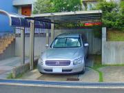 細部までこだわったエッジの効いたカーポート – 大阪府箕面市 H様邸の詳細はこちら