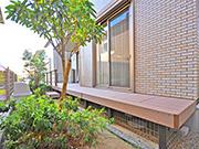 家族で憩えるデッキ空間に – 大阪府箕面市 Y様邸の詳細はこちら