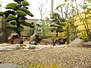 眺める庭 – 大阪府堺市 F様邸の詳細はこちら