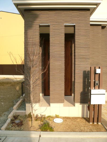 1年を通して楽しめるフロントガーデン – 大阪府堺市 F様邸の施工前