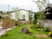 落ち着きのある植栽計画 – 大阪府堺市 O様邸の詳細はこちら