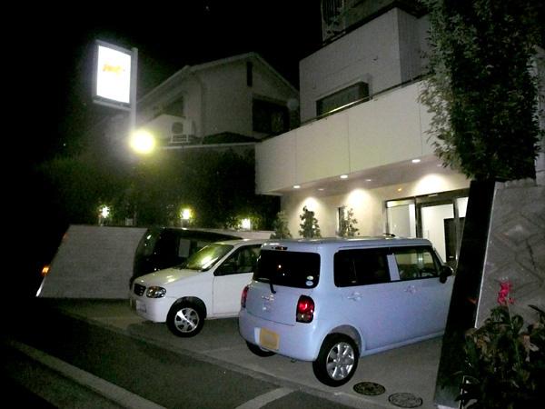 宙に浮く!?カーポート – 大阪府堺市 S様邸の施工前