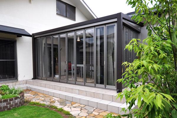 ガーデンルームで眺める庭から暮らす庭へ – 大阪府吹田市 T様邸