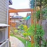 【施工後】お庭の入口にゲートを設置