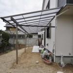 勝手口の上にテラス屋根を設置
