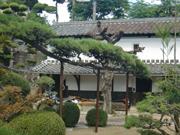代々受け継がれる庭の中心にある松【剪定】-大阪府豊中市K様邸の詳細はこちら