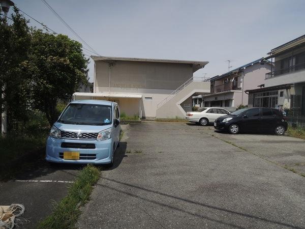 雰囲気を一新させたアパート外構リフォーム ー 大阪府池田市A様邸の施工前