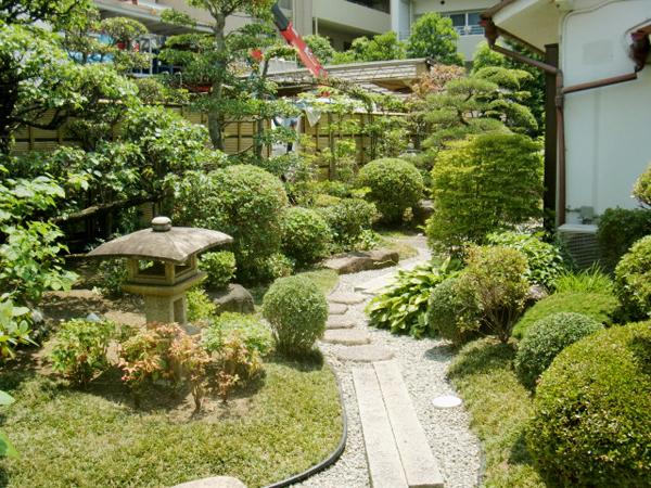 先代の庭を守る【剪定】-大阪府豊中市K様邸