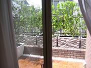 緑を楽しめる屋上スペース – 大阪府豊中市 M様邸の詳細はこちら