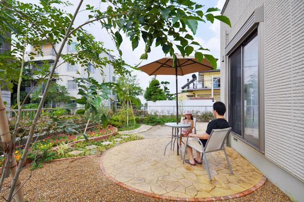 お嬢様が楽しく遊べるお庭 – 大阪府豊中市 O様邸