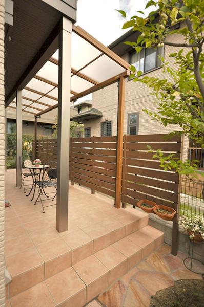 お気に入りのお庭でガーデニングライフ – 大阪府豊中市 T様邸