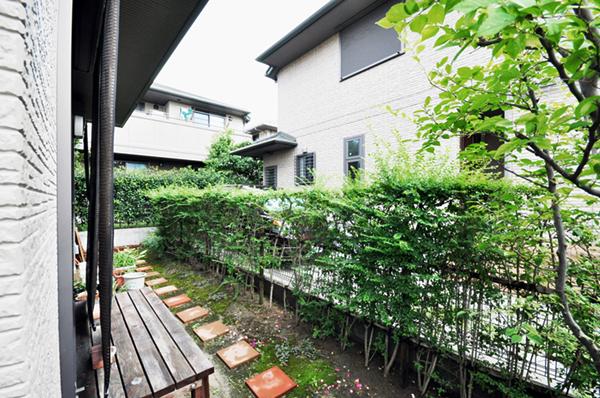 お気に入りのお庭でガーデニングライフ – 大阪府豊中市 T様邸の施工前