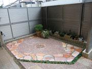 犬と子供が遊べる温かい空間の庭 – 大阪府豊中市 Y様邸の詳細はこちら