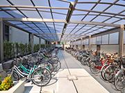 【校内施設工事:駐輪場内観】伝統を感じさせる格式高い外観・明るく安全な構内へ – 兵庫県尼崎市 百合学院中・高等学校の詳細はこちら