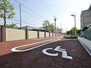 【校内施設工事:駐車場2】伝統を感じさせる格式高い外観・明るく安全な構内へ – 兵庫県尼崎市 百合学院中・高等学校の詳細はこちら