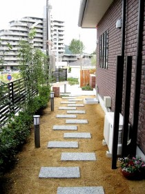 ガーデンテラスへのアプローチ