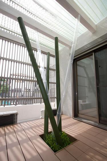 LED照明を仕込んだ竹のオブジェ(昼)