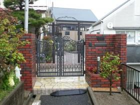 施工後:門の向きを変更
