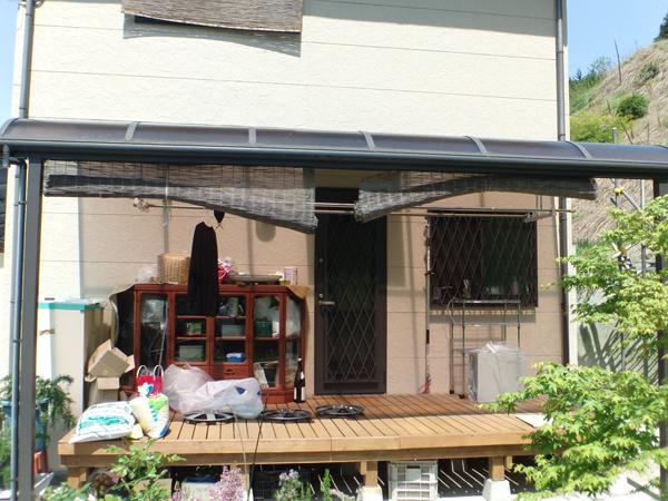 用途がたくさんのテラス囲い – 大阪府千早赤阪村 Y様邸の施工前
