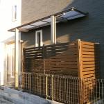 ワンちゃんのお屋根にはフーゴF型を設置。