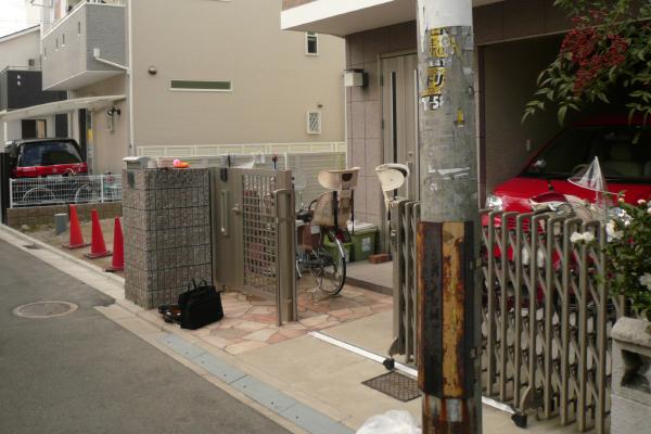 プラスGのゲートがある外構 子供達の集まる空間があるお庭 – 大阪府東大阪市 T様邸の施工前