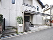 リフォームでグレードアップしたガレージ・門廻り – 大阪府茨木市 Y様邸の詳細はこちら