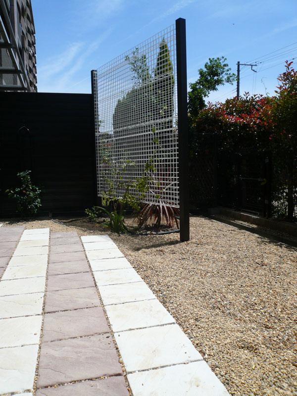 マンション専用庭を使いやすくリフォーム – 大阪府和泉市 K様邸