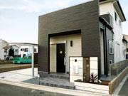 建物とも相性の良いアジアンリゾートなエクステリア – 大阪府和泉市 M様邸の詳細はこちら