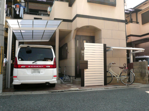 光や風を通すオリジナル機能門柱 – 大阪府柏原市 K様邸