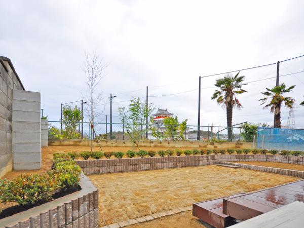 お城を眺めるための庭 – 兵庫県川西市 S様邸