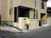 坪庭のある新築外構 – 大阪府松原市 S様邸の詳細はこちら