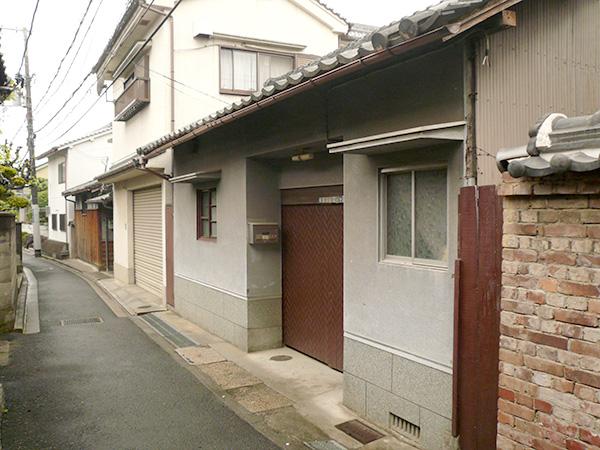 プラスGを使ったクローズ外構 – 大阪府松原市 W様邸の施工前