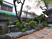 自然素材で手入れが楽な庭に – 大阪府箕面市 K様邸の詳細はこちら
