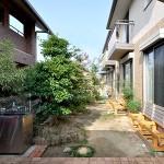 施工前:樹木が生い茂って、庭をうまく活用できていませんでした。