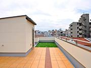 明るい屋上スペースに – 大阪府大阪市 H様邸の詳細はこちら