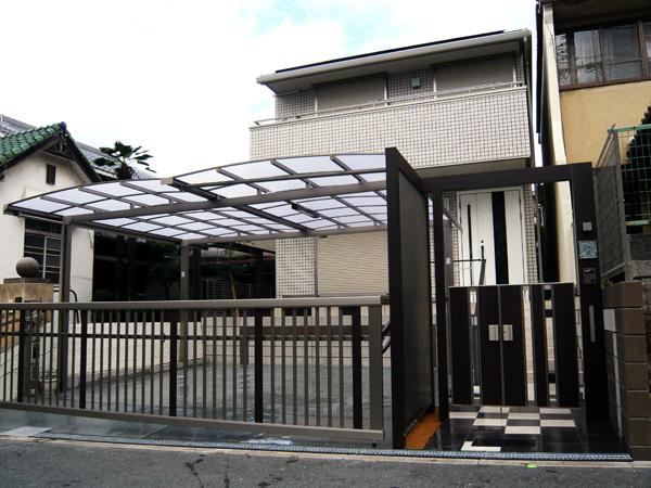 タイルとブロックをモダンにデザイン – 大阪府大阪市 W様邸