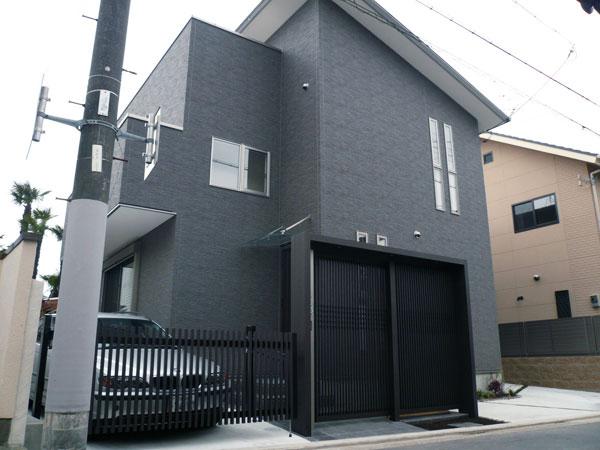 ゲートのある門周り~堺市 T様邸