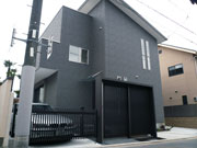 ゲートのある門周り – 大阪府堺市 T様邸の詳細はこちら