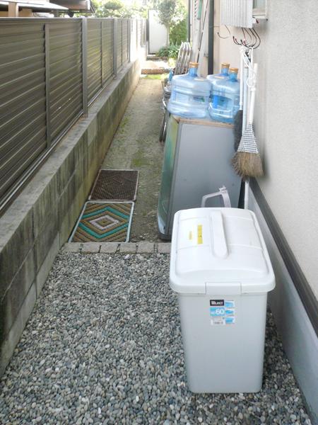 和室に合う 目隠しフェンス – 大阪府堺市 Y様邸の施工前