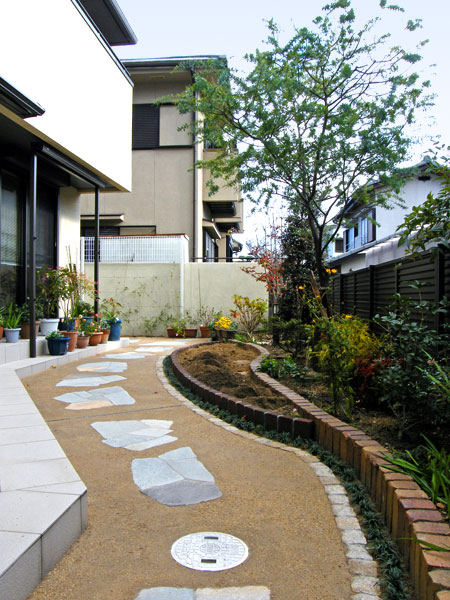 お庭を手軽に楽しむ空間づくり – 大阪府吹田市 M様邸