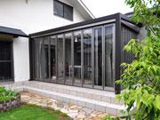 ガーデンルームで眺める庭から暮らす庭へ – 大阪府吹田市 T様邸の詳細はこちら