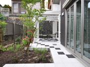 開放感あふれるガーデンルーム – 大阪府吹田市 Y様邸の詳細はこちら