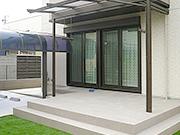 パーゴラ風のオシャレなテラス屋根 – 大阪府高石市 F様邸の詳細はこちら