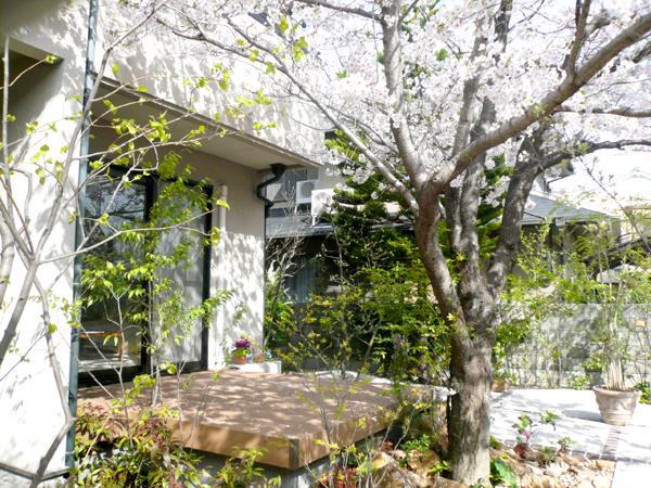 春が待ち遠しくなるお庭 – 大阪府高石市 S様邸