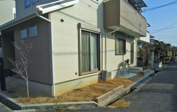 適度な目隠しでシンプルに – 大阪府高槻市 Y様邸の施工前
