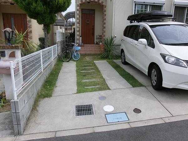 タイルを使ってアプローチをデザイン – 大阪府富田林市 O様邸の施工前